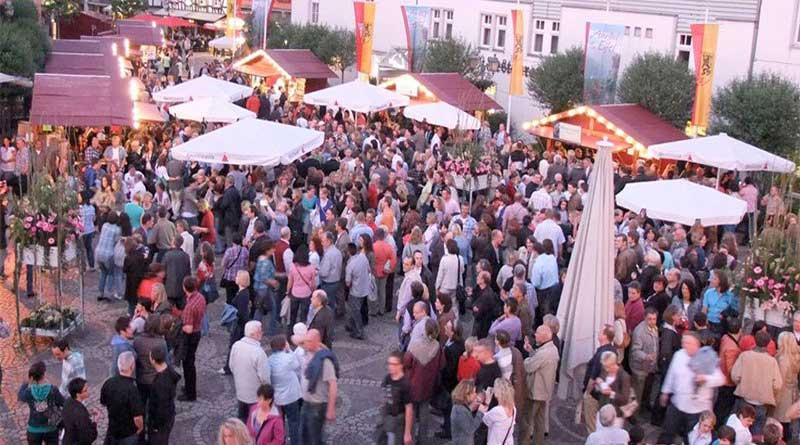 Weinmarkt, Weinfest, Altstadtfest in Ahrweiler an der Ahr